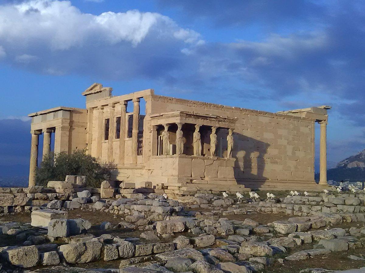 akropolis_by_flytrip.gr