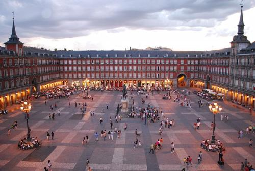 Plaza_Mayor_de_Madrid_by_flytrip