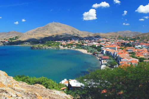 the-sea-in-the-island-of-limnos-by-flytrip.gr