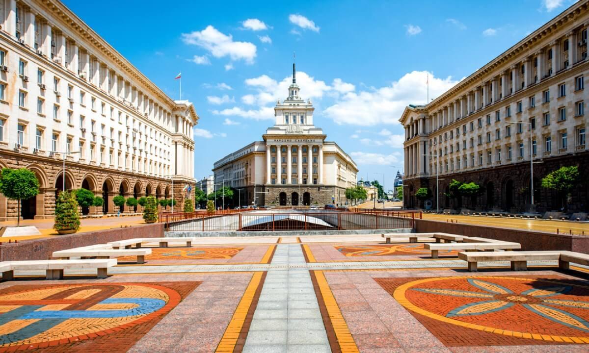 articles-public-mineral-baths-sofia-bulgaria-dreamstime