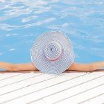 resort_hotel_pisina_tourists_pixabay_569668632